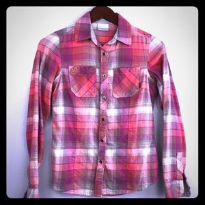 Columbia Sportswear fitted buttoned down flannel.